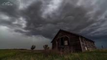 Аллах е, Който праща ветровете и те понасят облаци!