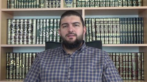 Фикх: Позволено ли е носенето на злато и коприна от мъжете? - Мухаммед Рамадан